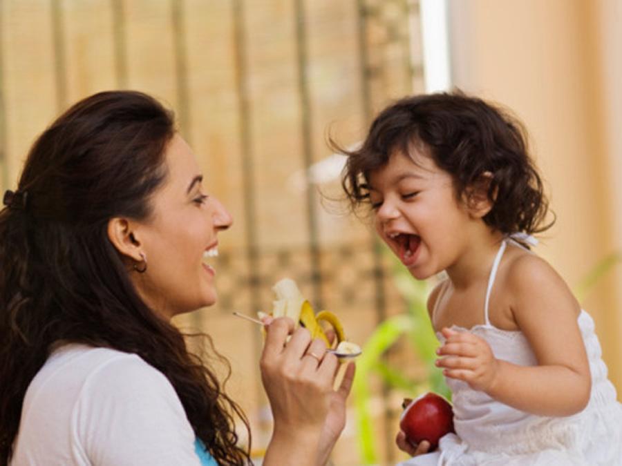 बच्चाको शारीरिक-मानसिक विकासको लागि नभुलौं यी ६ सुझाव